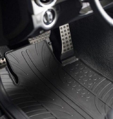 Gummifußmatten für Autos